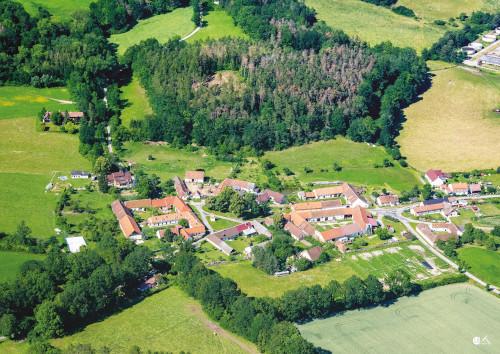 Krašlovice, obec v okrese Strakonice, krásná krajina, turistika