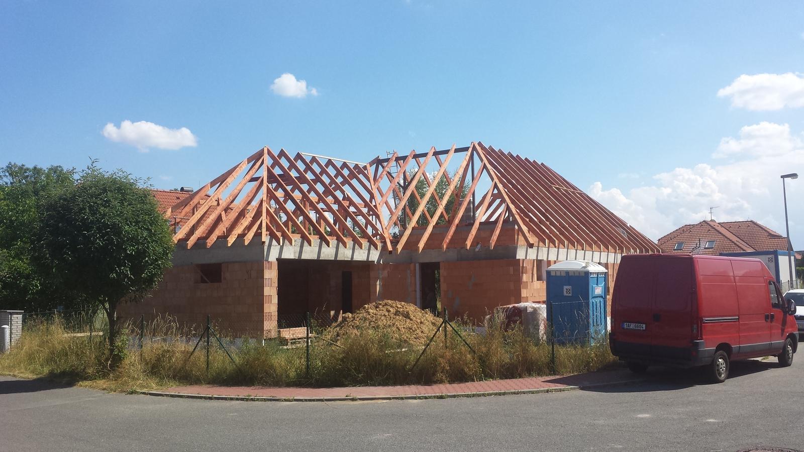 Tesařské práce, krovy střech, altány, dřevěné ploty, půdní vestavby