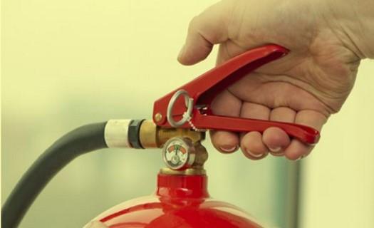 Kontroly a revize v oblasti BOZP a požární ochrany