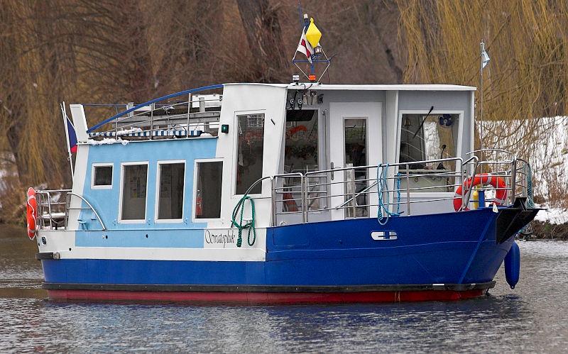 Plavby lodí, výletní lodě, pronájem lodí, svatba na lodi, svatby