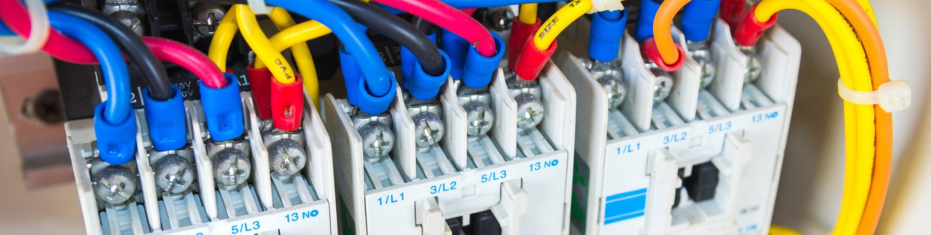 Výroba elektrických rozvaděčů, MaR, elektro služby Sokolov