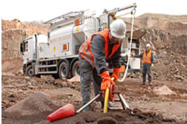 Výroba čistých chemických látek a výbušnin, trhací a ohňostrojové práce, pyrotechnika