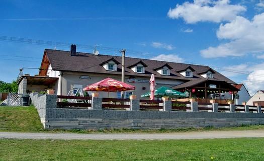Ubytování s restaurací v klidném venkovském prostředí