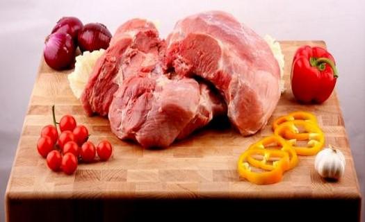 Maso a uzeniny, vepřové, hovězí i kuřecí maso, zabijačkové speciality, výroba, prodej
