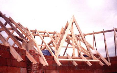 Tesařské práce, rekonstrukce střech, střechy na klíč podle vašich představ