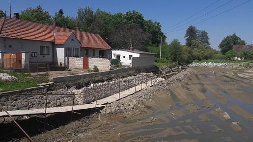 Výstavba nových vodních nádrží - rybníků a tůní a odbahňování rybníků