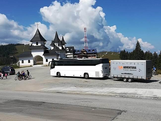 Autobusová a mikrobusová doprava tuzemská i zahraniční