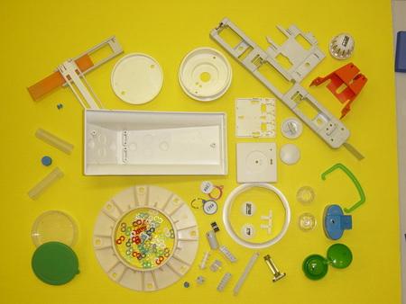 Přesné plastové výlisky, lisování, zpracování, montování do sestav