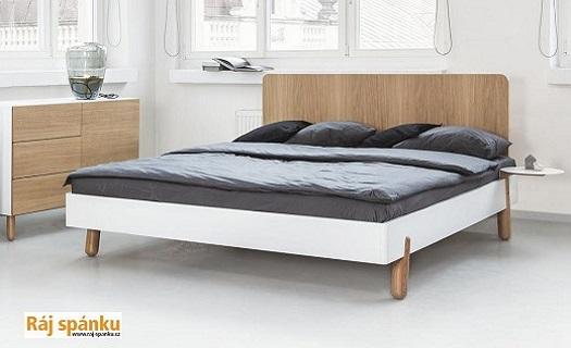 Čalouněné postele s úložným prostorem - maximální využití místa v interiéru