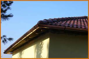 Nové střechy, opravy, montáž střešní krytiny, instalace okapových systémů, Nymburk