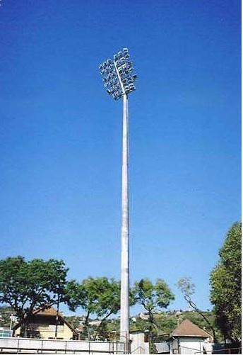 Osvětlení sportovních stadionů - výroba stožárů