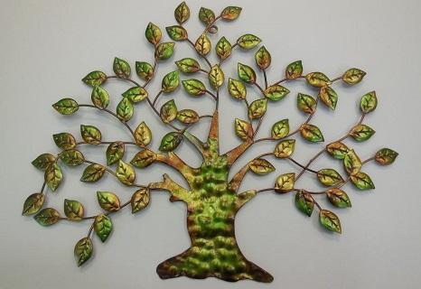 Ozdobte si zeď domu kovovou nástěnnou dekorací v podobě stromu, slunce nebo motýlů