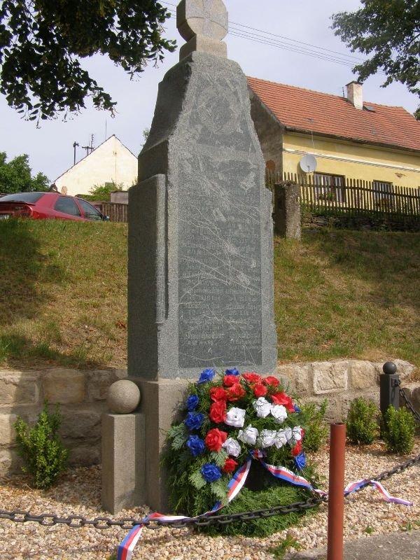 Obec Křelovice, okres Plzeň, památky, kapličky, pomník