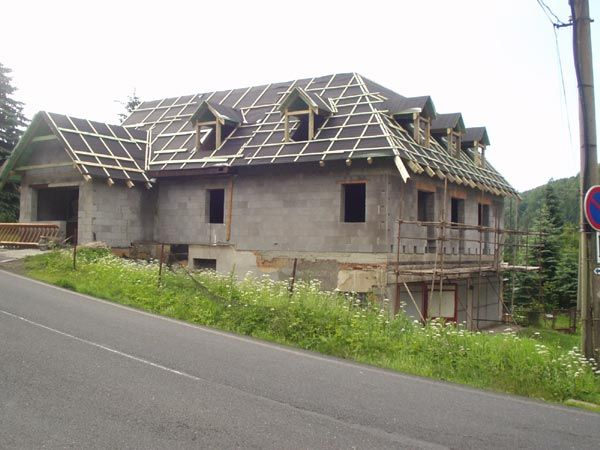 MAKOMA stavební firma s.r.o., rekonstrukce objektů včetně rozvodů instalací
