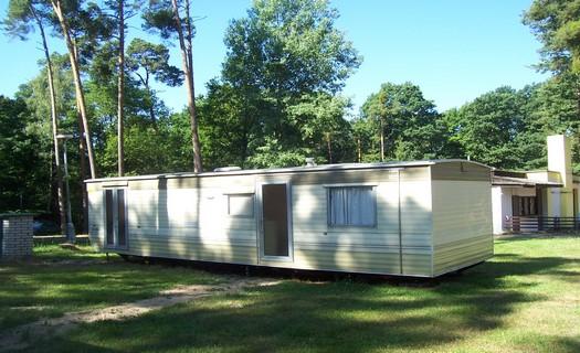 Autocamp Hluboký, ubytování v mobilních domech s vlastním sociálním zařízením i kuchyňkou
