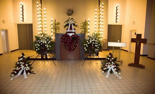Pohřební služby Brno, vyřízení pohřbu, převozy zesnulých, zpopelnění, smuteční obřad