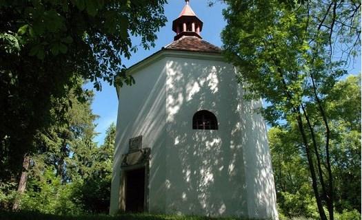 Turistické zajímavosti obce Oselec v Plzeňském kraji, barokní architektura, zámek