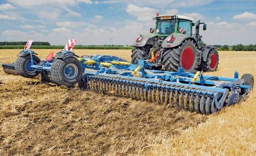 Zemědělská, komunální a lesnická technika -  široký výběr a servis profesionálních strojů