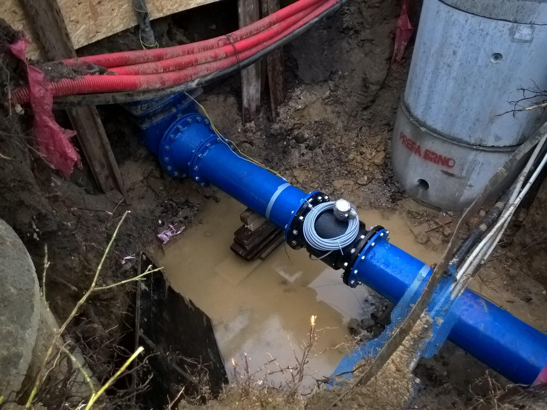 Prodej drenážní technika, potrubí, kanalizace, odpady