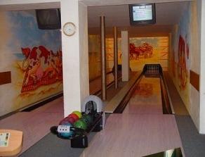 Bowling, firemní školení, oslavy, vyjížďky kočárem Bruntál
