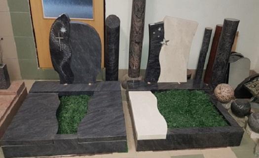 Moderní designové náhrobky německé značky Rokstyle - osobité pomníky, prodej