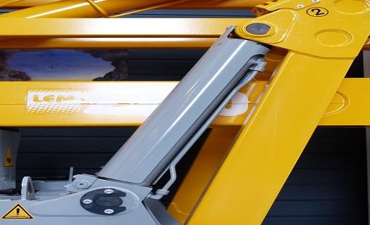 Hydraulické a pneumatické stroje -  výroba, servis i prodej náhradních dílů