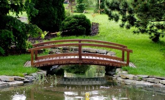 Realizace zahrad Prostějov, zahradní pergoly, altány, zahradní a koupací jezírka