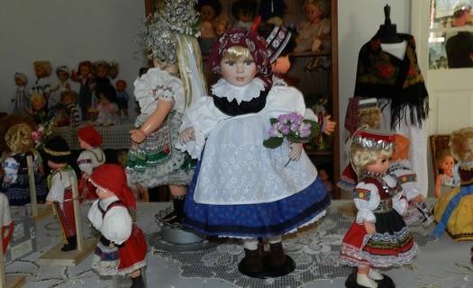 Městys Bobrová v kraji Vysočina, Žďár nad Sázavou, muzeum panenek