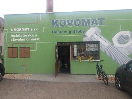 Prodejna s domácími potřebami a železářství Brno