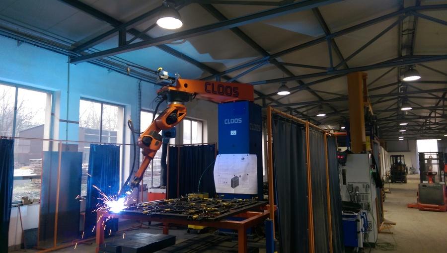 Zpracování plechů na CNC strojích, robotické svařování