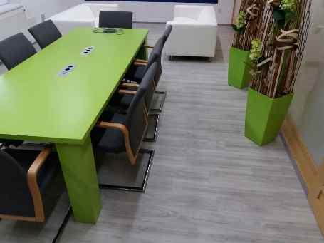 Prodej, montáž, lepení a pokládka vinylové podlahy Gerflor, pvc, marmolea pro byty, RD, školy