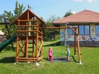 Ubytování, dětské hřiště, herny