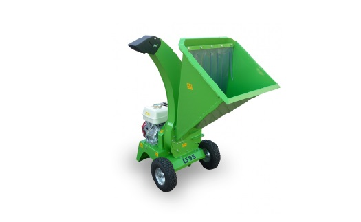 Garden wood chippers - crushing and disposal of trunks, shrubs, bark, for the production of wood chips Czech Republic