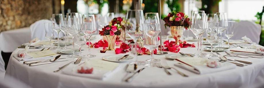 Gastronomické služby pro společenské akce - svatby, rauty, bankety, garden party či grilování.