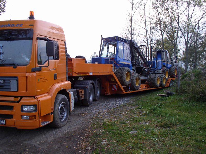 Hanko CZ, s.r.o., přeprava stavebních, zemědělských strojů a techniky
