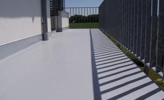 Izolace  a opravy plochých střech, terasy a balkony Praha