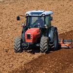 Zemědělské stroje nadstavbové, nesené a polonesené - prodej
