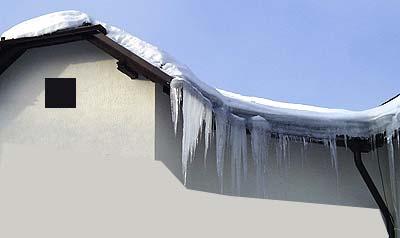 Odstranění sněhu a rampouchů ze střech, Pardubice