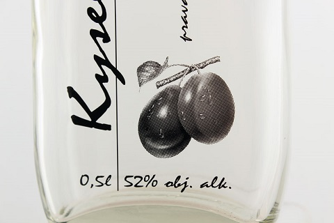 Potisk skleněných lahví na zakázku - přímý, transferový potisk