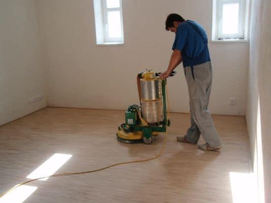 Renovace, opravy a pokládka parket a dřevěných podlah pro byty, RD, školy, tělocvičny a sály