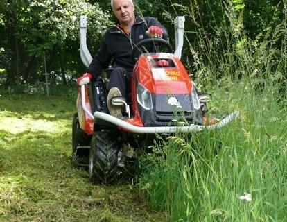 Zahradní traktory pro sečení menších i větších ploch