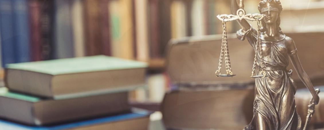 Právní služby, advokátní úschova - JUDr. Miloslava Šmoková