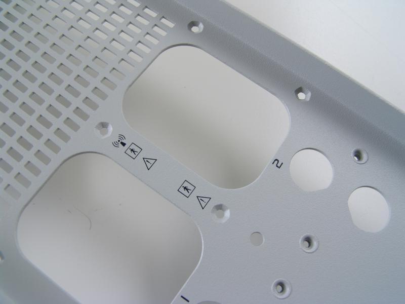 Potisk - ovládací panely, vypínače, kryty, části strojů