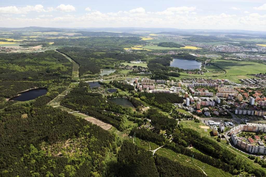 Město Třemošná v Plzeňském kraji, příroda, lesy, turistika, železniční trať