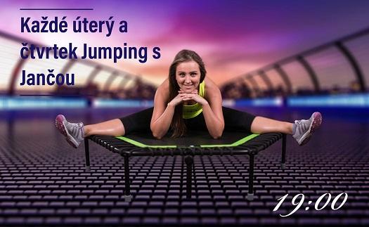 Jumping, to je zábavné skupinové cvičení na malých trampolínách, které Vás dostane do kondice