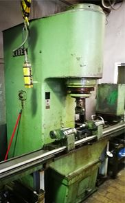 Rovnanie rôznych kovových dielov - tepelné spracovanie prototypov