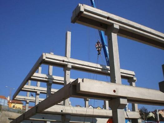 Panely, lodžie a prefabrikované haly - výroba stavebných betónových prvkov