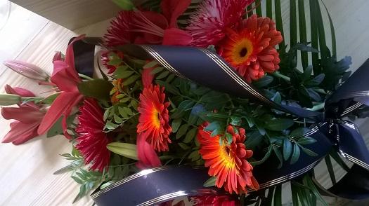 Prodej dárkových, smutečních kytic přímo u hřbitova