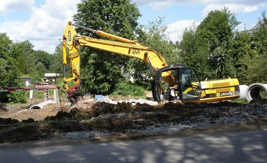 Ukládání a recyklace stavebních odpadů Jihlava, realizace staveb, zemní práce, demolice objektů