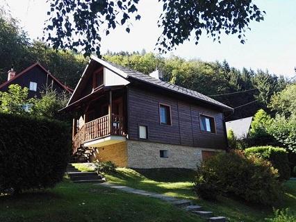 Ubytování v chatě Trojanovice je vhodné pro milovníky turistiky, cyklisty i lyžaře